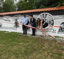 Uroczyste odsłonięcie muralu niepodległościowego